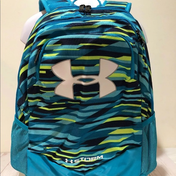 05ff10477a20 Nwt Under Armour storm scrimmage Backpack. NWT. Under Armour.  M 5c43d99cde6f62bc1b510c33. M 5c43d99d9fe486f3ce26bb17.  M 5c43d99f2e1478119f019797